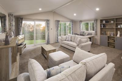 Willerby-Clearwater-Lodge-2020-Lounge-Diner-Overview