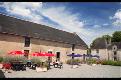 penestin-restaurant-exterior-2-300x200
