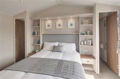 sheraton-elite-2019-double-bedroom