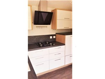 11-kitchen-Plot-511-France-Bergerac-Caravans-in-the-Sun-Lesiure-holiday-park-home--13-