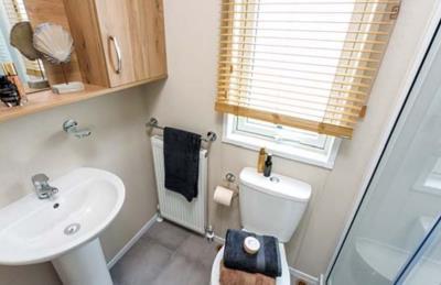Pemberton-Regent-2020-Bathroom-1