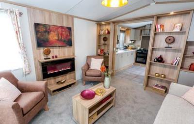Pemberton-Regent-2020-Lounge-2-1