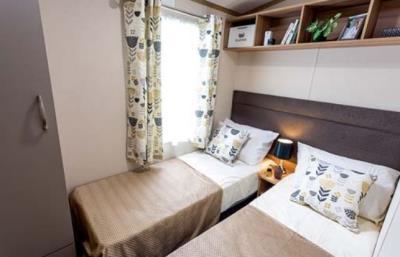 Pemberton-Regent-2020-Twin-Bedroom-1