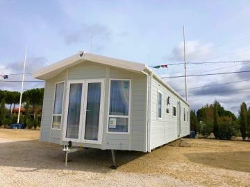 Front-aspect-Willerby-Winchester-saydo-park-marbella-2020--16-