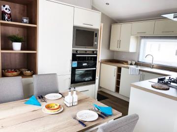 Kitchen-diner-Willerby-Winchester-saydo-park-marbella-2020--24-