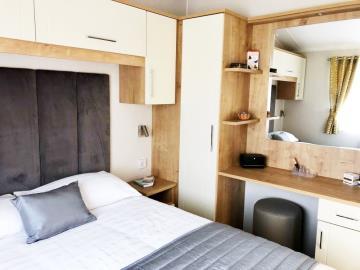 Master-bedroom-Willerby-Winchester-saydo-park-marbella-2020--26-