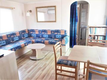 5-lounge-diner-14-Palm-Court-Saydo-Park-Costa-del-Sol-Spain-Caravans-in-the-Sun--4-
