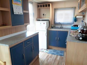 7-kitchen-14-Palm-Court-Saydo-Park-Costa-del-Sol-Spain-Caravans-in-the-Sun--2-