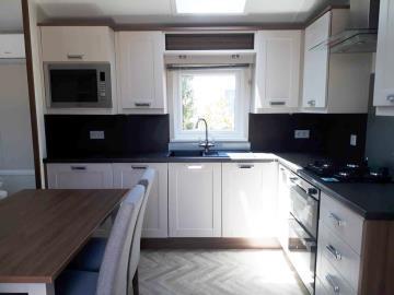 willerby-sheraton-saydo-park-kitchen
