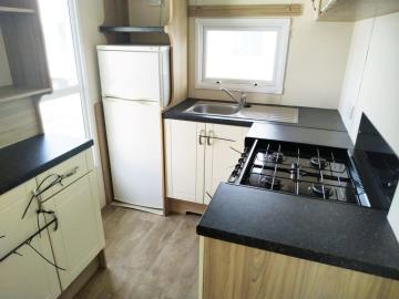18-Kitchen-Atlas-Tempo-Torre-del-Mar-Caravans-in-the-Sun-Owned-16