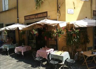 Toscana-Holday-Park-Tuscany-Italy-Luxury-homes-lodges---3-