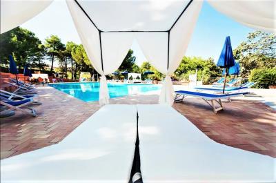 Toscana-Holday-Park-Tuscany-Italy-Luxury-homes-lodges---6-