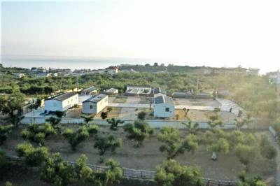 Tsilivi-Mobile-Home-park-Greece-Zante-Caravans-in-the-Sun--5-