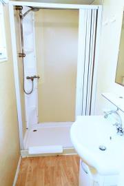 07-Shower-room-Plot-14-Toscana-Holiday-Village-1