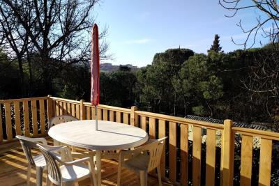 Plot-23-Toscana-Holiday-Village-Decking---5-