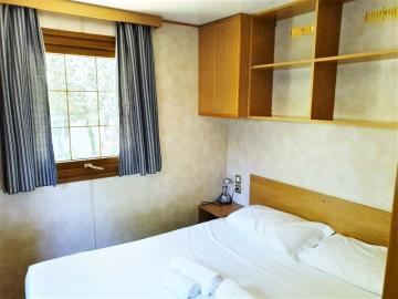07-Master-Bedroom-Shelbox-Prestige-Plot-8-Toscana-Holiday-Village-Tuscany-Italy-Caravans-in-the-sun--5-