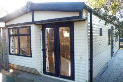 1-Front-Plot-26-Willerby-Lyndhurst-Caravans-in-the-sun-www-caravansinthesun-27