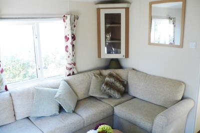 13-lounge-Front-Plot-26-Willerby-Lyndhurst-Caravans-in-the-sun-www-caravansinthesun-25