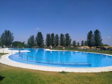 Humilladero-pool-pics--1-