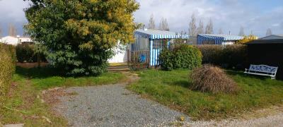02-5-Exterior-IRM-Super-Octalia-Plot-1-Vendee-Mobile-Home-Caravans-in-the-Sun--1-