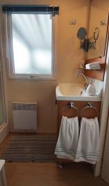 11-Shower-room-IRM-Super-Octalia-Plot-1-Vendee-Mobile-Home-Caravans-in-the-Sun--5-