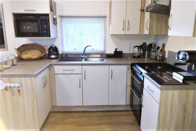16-Kitchen-Willerby-Rio-Special-Plot-66-Toscana-Holiday-Village-Tuscany-Italy--6-