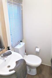 23-Shower-Room-Willerby-Rio-Special-Plot-66-Toscana-Holiday-Village-Tuscany-Italy--1-