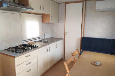07-Kitchen-Shelbox-Prestige-Plot-3-Toscana-Holiday-Village-Italy--7-