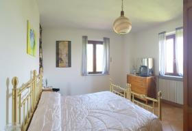 Image No.8-2 Bed Country House for sale