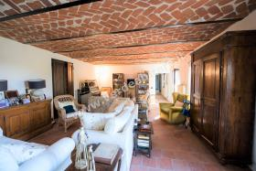 Image No.3-Propriété de pays de 6 chambres à vendre à Mombercelli