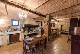Image No.3-6 Bed Country Property for sale