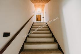 Image No.15-Propriété de pays de 6 chambres à vendre à Mombercelli