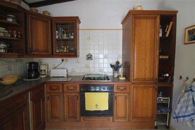 14---kitchen-2