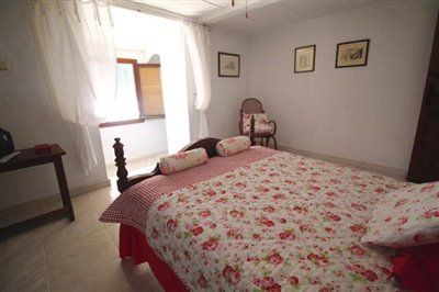 18---bedroom-1-3