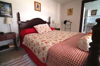 17---bedroom-1-1