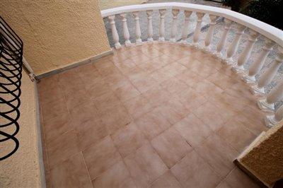 2--Oval-Terrace