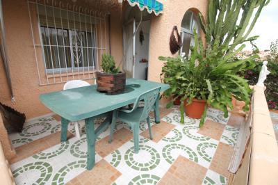 5---side-terrace