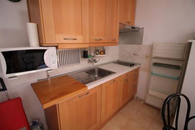 6--Kitchen