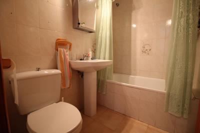 11--Bathroom