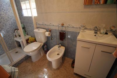 13---bathroom