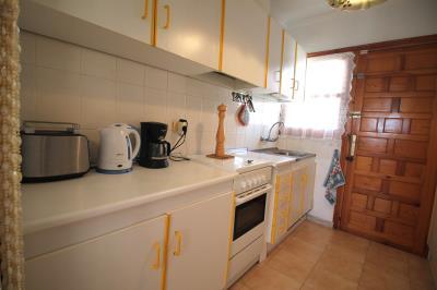 6-Kitchen-a