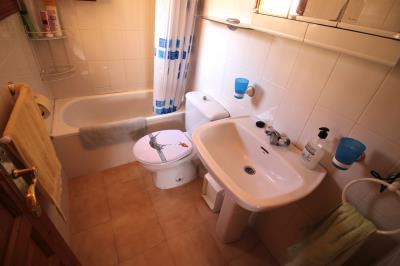 11--Bathroom-1