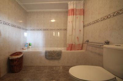 19---bathroom--underbuild-