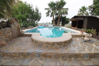 1--swimming-pool
