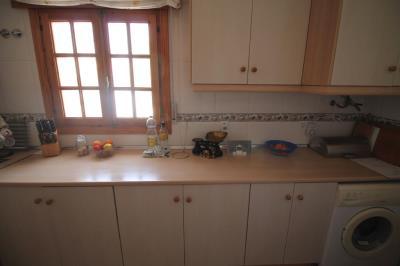 16--kitchen-2
