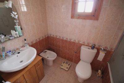 20--bathroom-2-2