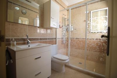 11---bathroom