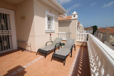 15---usptairs-terrace