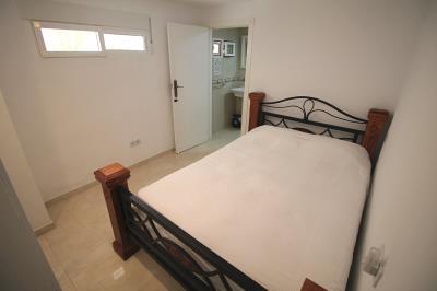 24---underbuild-bedroom