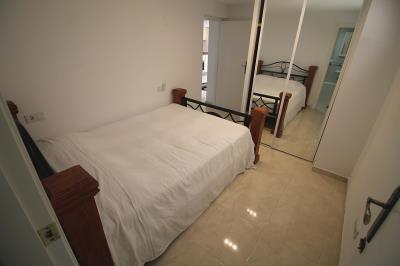 25---underbuild-bedroom
